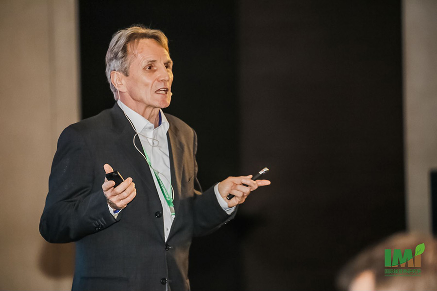 "Dr. Rolf Härdter held a presentation on ""Importance of Magnesium in Crop Production of Asia – Widespread, Underestimated and Neglected"". He is Head of Agronomy & Advisory of K+S KALI GmbH, Kassel, Germany. (Photo: IMI)"