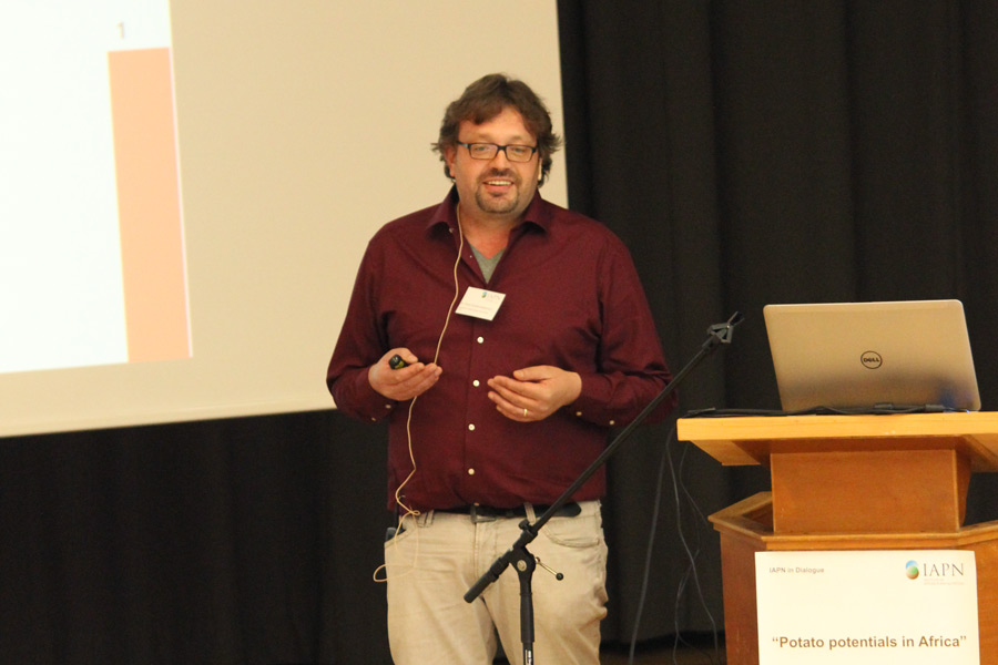 Importance of the potato in Africa – especially for smallholders, Dr. Elmar Schulte-Geldermann, CIP. (Photo: IAPN)