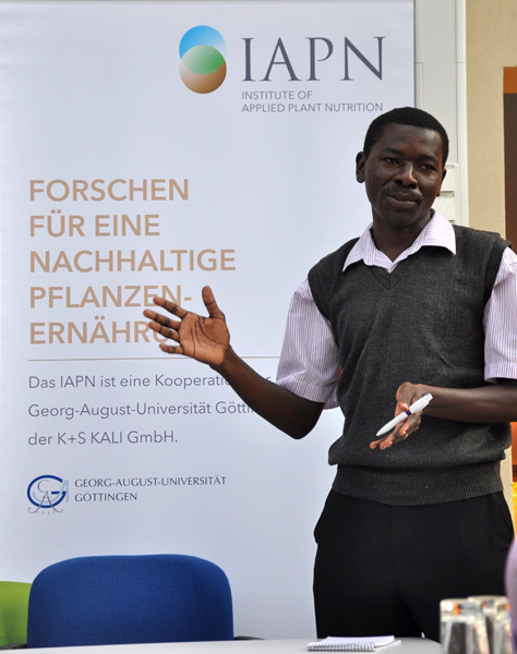 Daniel Olol, Sasakawa Africa Association, explains the situation 